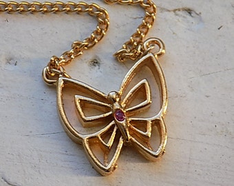 FREE SHIPPING Vintage Goldtone Necklace with Butterfly Pendant