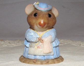 Vintage Resin Lady Mouse, Moustershire collection by Hallmark, Hillary Hemstitch, figurine, highly details, home decor, collectible, 1990