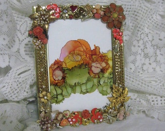 Vintage Jewelry Picture Frame,Gold Jeweled Frame, Vintage Brooch, Earrings,Alcohol Ink Art Print,Handmade