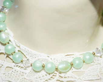 minty green vintage Lisner choker necklace  Glass aurora beads, lucite beads , metal beads