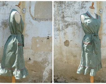 Vintage 1970 /70s Austria dirndl  boho prairie dress ruffled size S