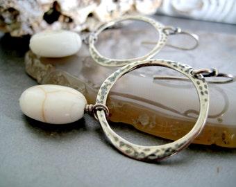 Minimalist Drop Hoops Earrings-free form hammered Hoop Earrings-Drop White Stone Earrings-White Dangle Earrings-Black Hoop Earrings