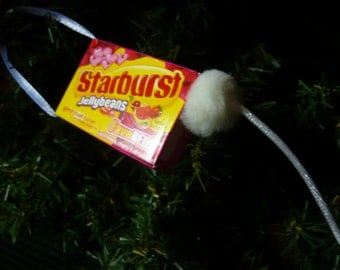 Mouse in a Starburt Jellybeans Candy Box Ornament