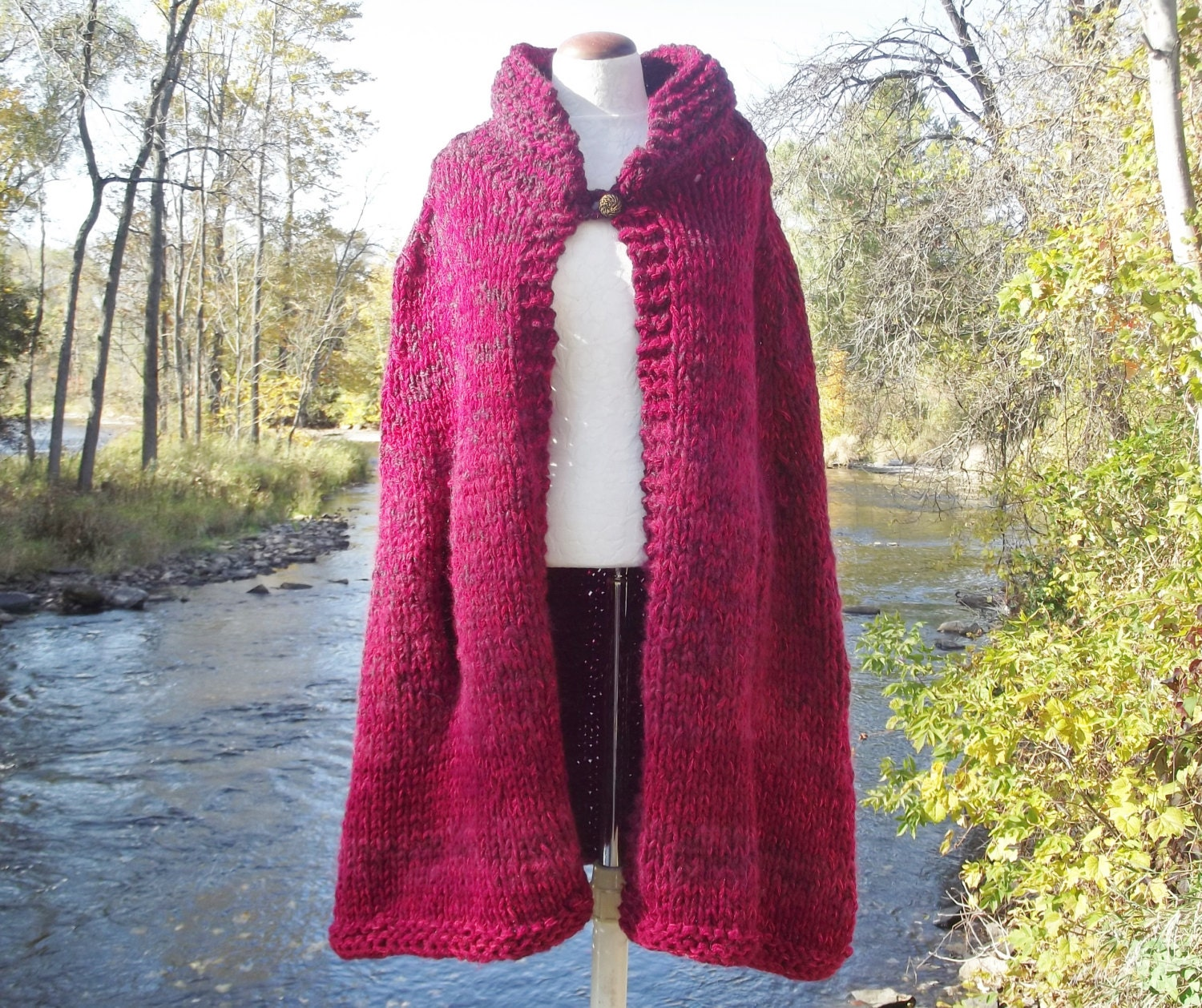 Knitting Pattern Chunky Cape : Chunky knit cape women medium large extra large in ombre