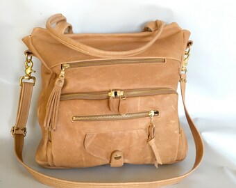 Willow bag in natural leather/gold tone hardware