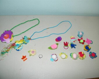 Lot 19 Girls Necklace Ring Set Fuzzy Fleece  12089 Party Favors