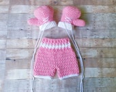 Boxing Set - Baby Boxing Set -Boxing Shorts - Boxing Gloves - Crochet Boxing Outfit - Newborn Photo Prop - Baby Girl - Tiny Boxer