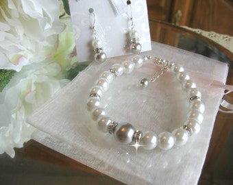 Swarovski Crystal Light Grey Pearl and Rhinestone Bridal Bracelet and Earring Set - Bride or Bridemaid Jewelry Set - Choose Your Color