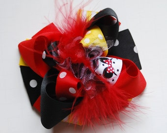 funky fun mini mod MOUSE VACATION red and black girls hair bow clip.  birthday party hair bow.  big bow baby. boutique baby bow headband.