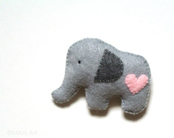 Elephant Felt Brooch Cute Elephant Fashion Accessory Baby Shower Gift Backpack Accessory for Kids Handmade Elephant Jewelry Gift for Her