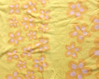 Seventies vintage floral fabric - 100x80 cm.