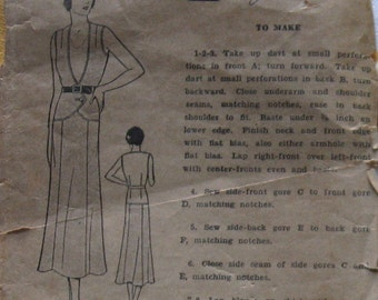 Vintage Womens Dress Pattern circa 1920s 2 Piece Flapper Style Panel Cut Skirt And Sleeveless Blouse Sz 14 Escella Pattern 3487