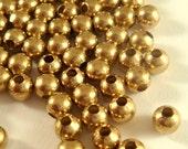 225 Unplated Spacer Beads 4mm Round Brass - 225 pc - M7058-UN225