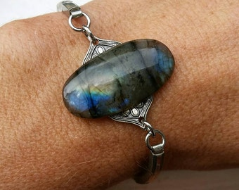 Labradorite on vintage watch band. Cintage. Blue flash.  Cabachon. Medallion.