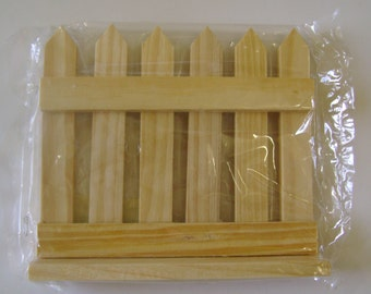 Unfinished Wood Picket Fence Craft Supply NIP
