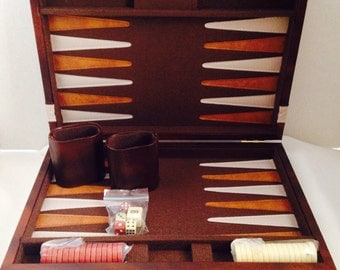 Vintage Backgammon Game and Case, Never Used, Brown and White Pieces, Thick Material and Stitched Leather Board, Leather Case, Travel