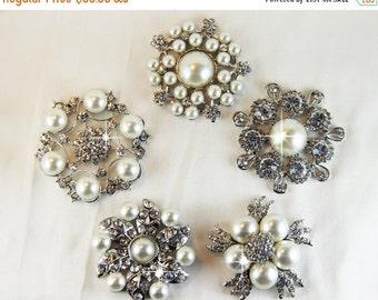 50% OFF 5 Rhinestone Brooch,  Pearl Brooch, Vintage Crystal Brooch, Wedding brooch, Bridal Brooch
