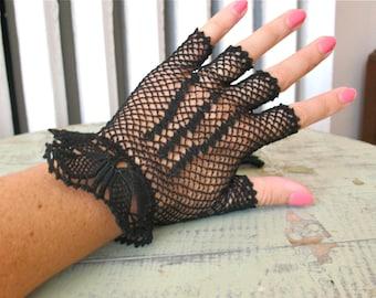 Lady Danger | Vintage 1940s Black Crochet Gloves Fingerless Driving Gloves Mesh Gloves - Pretty Cuff Detail