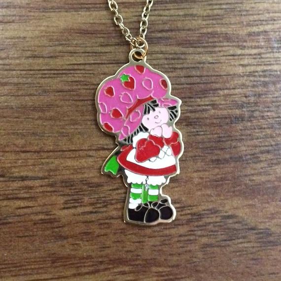 Brand new vintage enamel strawberry shortcake necklace for Strawberry shortcake necklace jewelry