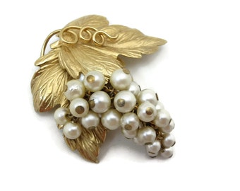 Pearl Grapes Brooch - Vintage Napier 1950s Costume Jewelry, Gold Leaves