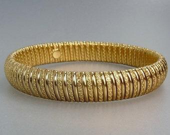 Vintage Gold Tone Bangle Bracelet Gas Pipe Flex Bracelet