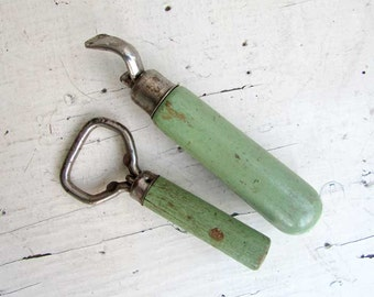 Pair of Vintage 1940 Jade Green Wooden Handle Bottle Openers, Jar Openers,  Old Green Paint, Vintage Utensils, Kitchen, Barware