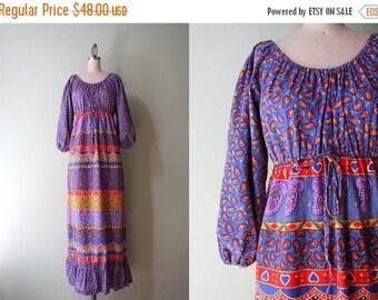 STOREWIDE SALE 1970s Dress / Vintage 70s Cotton Maxi Dress / Off the Shoulder Bohemian Peasant Dress