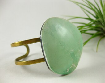 VARISCITE SOLO - Raw brass cuff with OOAK airy blue Variscite Stone cabochon cuff Bohemian Fall Style Boho Lux Boho Style