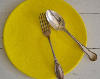 Lemon Wobbly Plate - BOTANICAL pattern - dinner plate - ceramics - Wobbly Plates Series