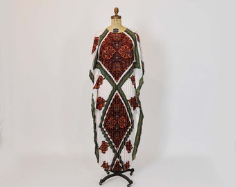 70s caftan / Eartha Goddess Vintage 1970's Boho Accordion Caftan Maxi Dress