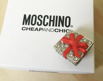 Moschino Little Gift Brooch - Pin Rhinestones - novelty kitsch