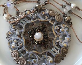 Patina Brass Gemstone Pendant Hand Knotted Silk Gemstone Necklace Romantic Bohemian