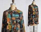 ON SALE 1960s Shirt Abstract Print
