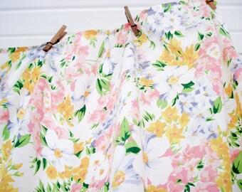 Bright floral flat sheet