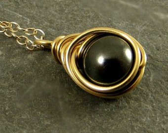Black Pearl Necklace Gold Fill Jewelry Gifts for Her Wire Wrapped Necklace Swarovski Pearl Necklace Eco Friendly Jewelry