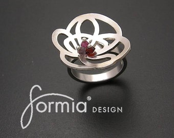 scribble lace ring with garnets