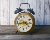 Garfield Alarm Clock Wind Up 1978 Sunbeam Orange clock cat clock