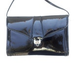 SALE..Patent Leather Clutch Bag / Cross Body Optional / Vintage 1980s Purse /  80s Envelope Handbag  / Retro Style Hand Bag