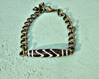 Dyed Bone and Rustic Brass Chain Adjustable Unisex Bracelet: Aquarius
