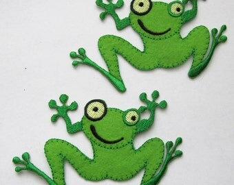 2 Green Frogs Embroidered Iron On Patches Appliques
