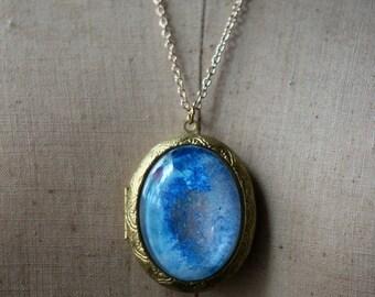 October Sale Blue Glitter Locket, Celestial Pendant, Star Dust, Vintage Gold Brass, Oval Glass Necklace, Gift for Her, Under 50, Iridescent
