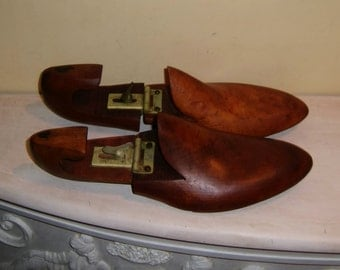 Antique Wooden SHOE Stretcher Forms MENS Adjustable Wood Rumson Whitehouse Hardy New York