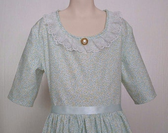Girls Colonial Tea Day  Dress  Civil War Costume  Pioneer Size 8/10  -    -    Ready to Ship