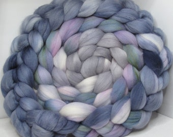 Merino 15.5 Roving Combed Top 5oz - Ghost 1