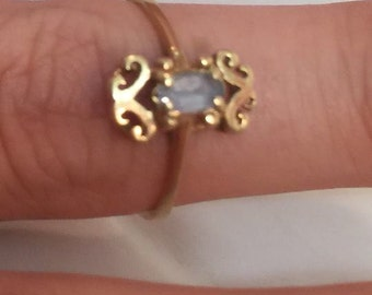 FREE SHIPPING vintage 14K gold ring marked EL with blue stone