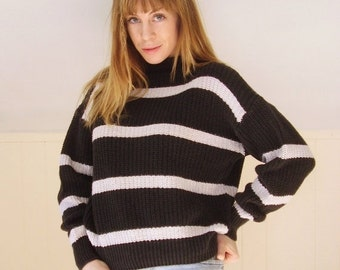 30% off ... 90s Chunky Faded Black and White Mock Neck Pullover Knit Sweater - MEDIUM M