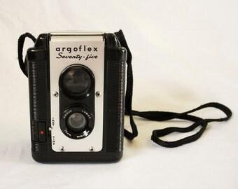 Vintage camera, Argus Agroflex Seventy-Five, 1950s