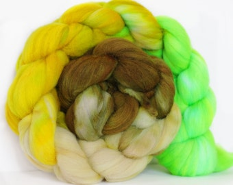 Misty Glen 4 oz Targhee Roving Wool Superwash-Handpainted Top for Spinning or Crafting