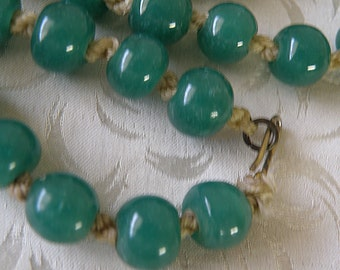 Green Peking Glass Beads..Knotted Necklace
