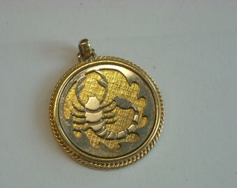 zodiac scorpio pendant  ( C 56 )